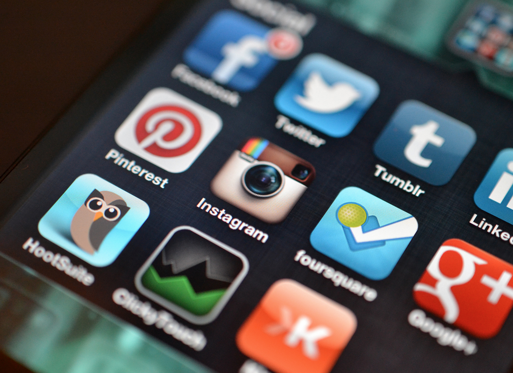 10 Ways to Convince Your CEO and Management Team to Embrace Social Media
