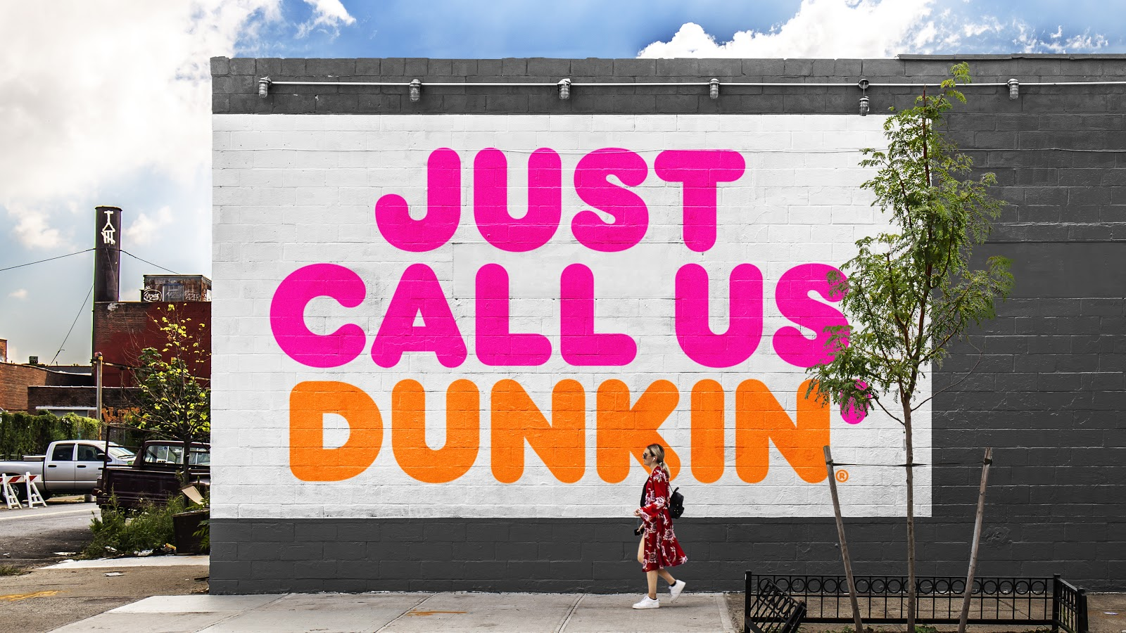 17_Dunkin_OOH_JustCallUsDunkin-1