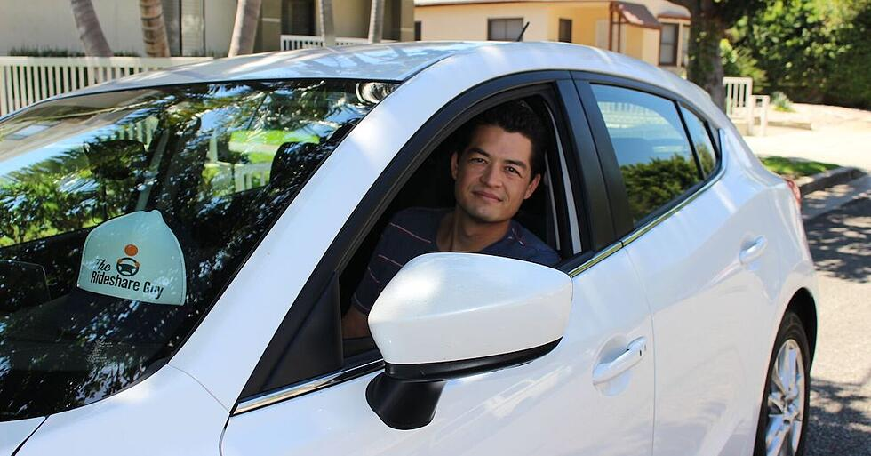 """""""Blog Your Way to a Successful Business Ft. Harry Campbell of The Rideshare Guy"""" (Inbound Success Ep. 73)"""