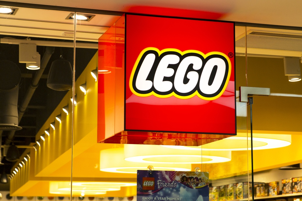 "Warner Bros. & LEGO's ""Brick Friday"" Campaign Teaches Marketers 3 Valuable Lessons"