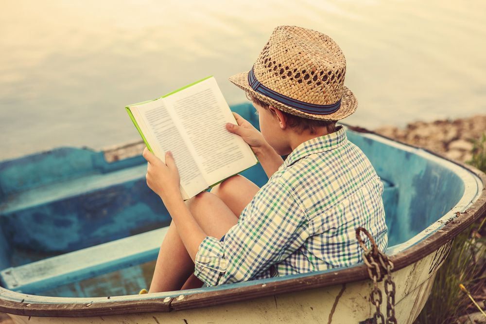 6 Summer Must-Reads That Will Help Shape Your Career