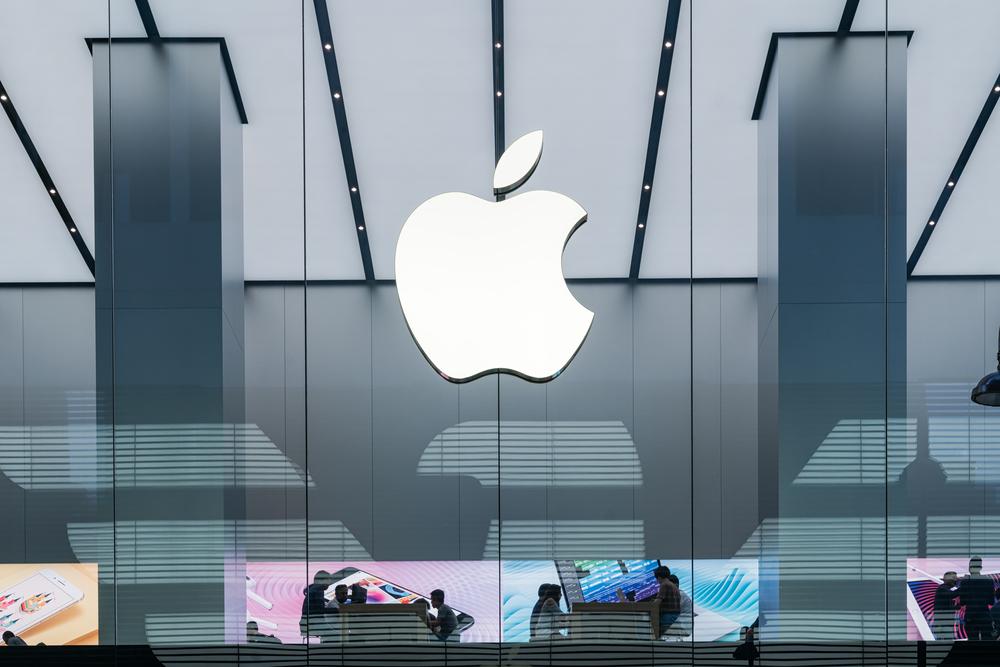 Report: Apple plans AR headset release in 2022
