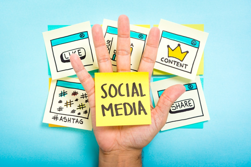 How to Build a Social Media Following in 2017
