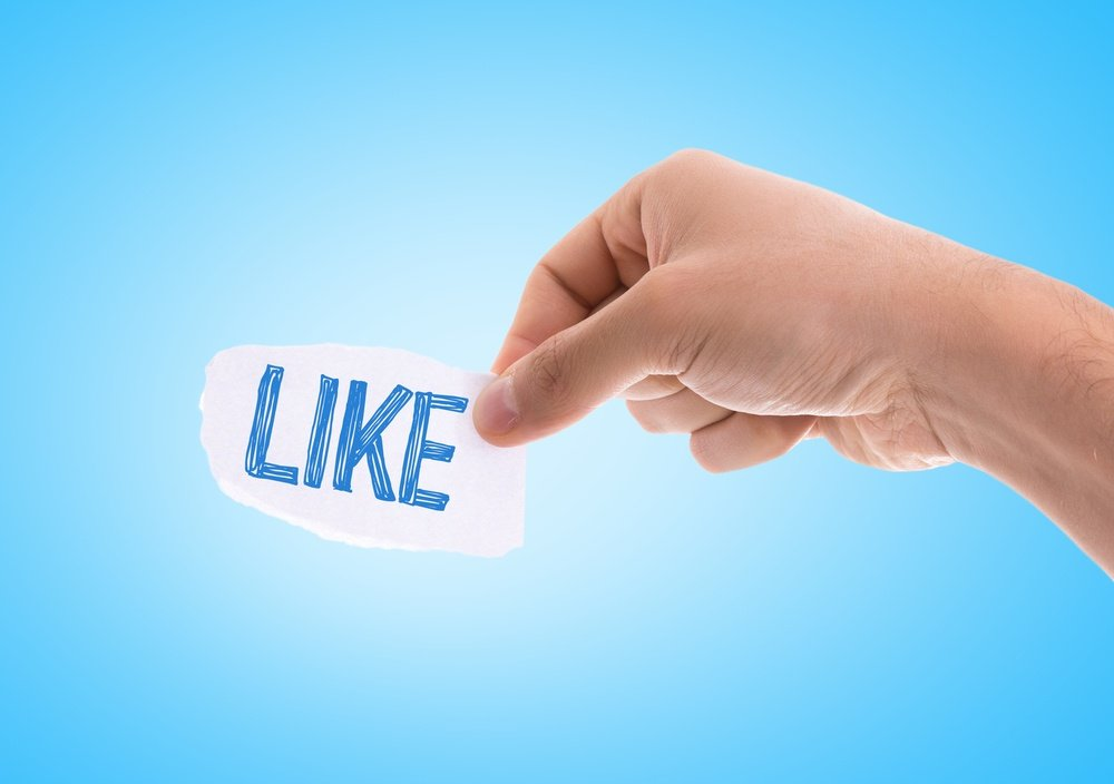 Pros and Cons of Facebook Advertising