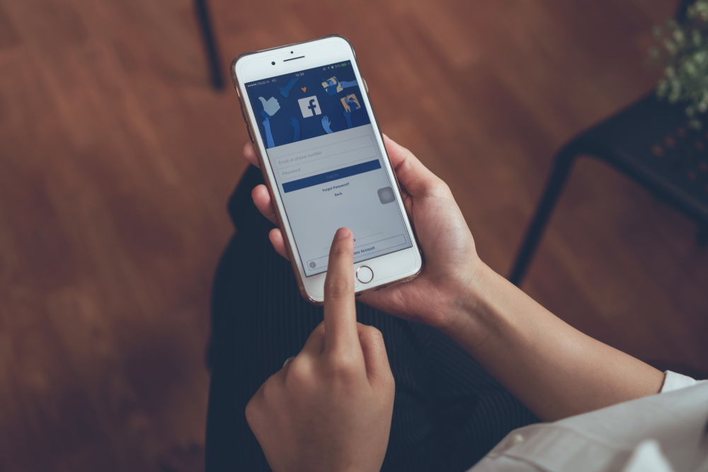 Facebook takes steps toward data portability with photo transfer tool