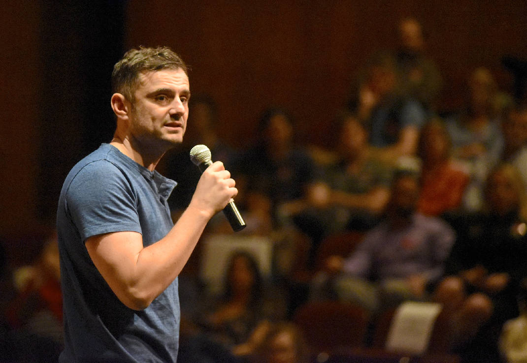 How Gary Vee Builds Relationships on Social Media in a Thank You Economy