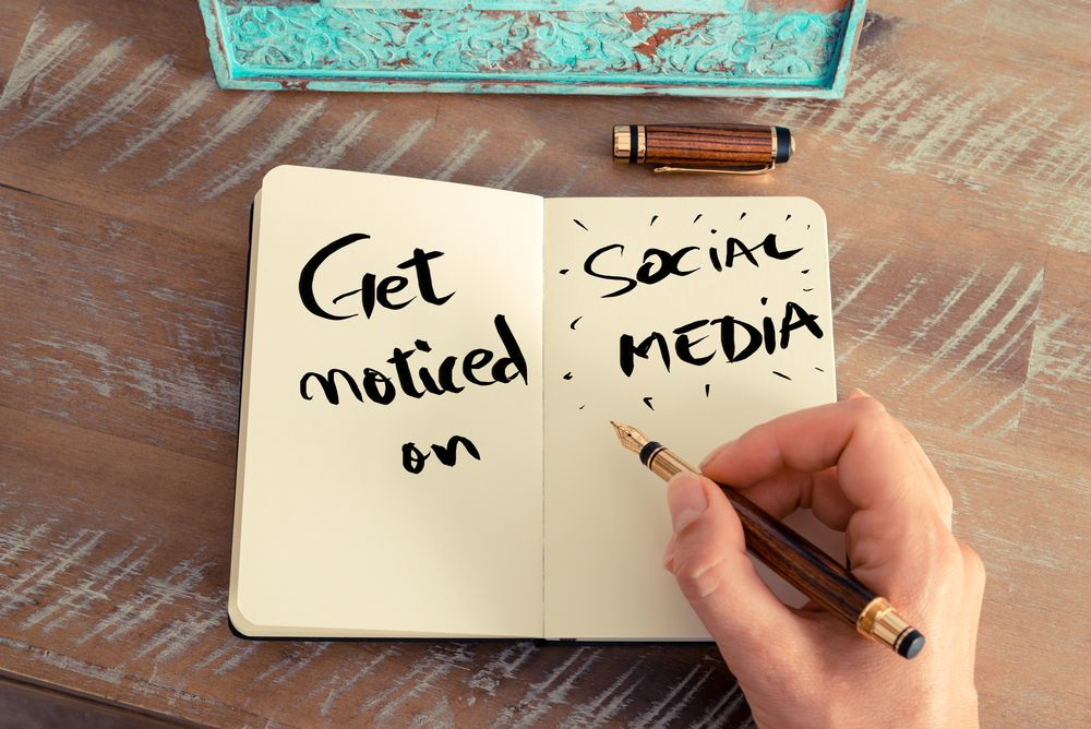 How Contractors and Freelancers Use Social Media Marketing