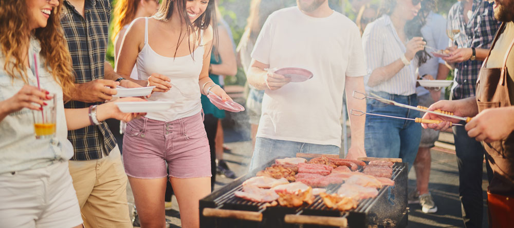 How Treating Your Business' Facebook Group Like a Backyard BBQ Increases Engagement