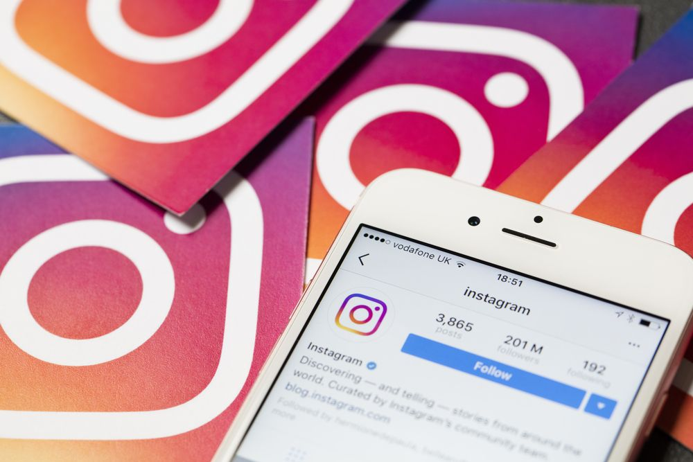 Instagram takes stand against online bullying by using AI