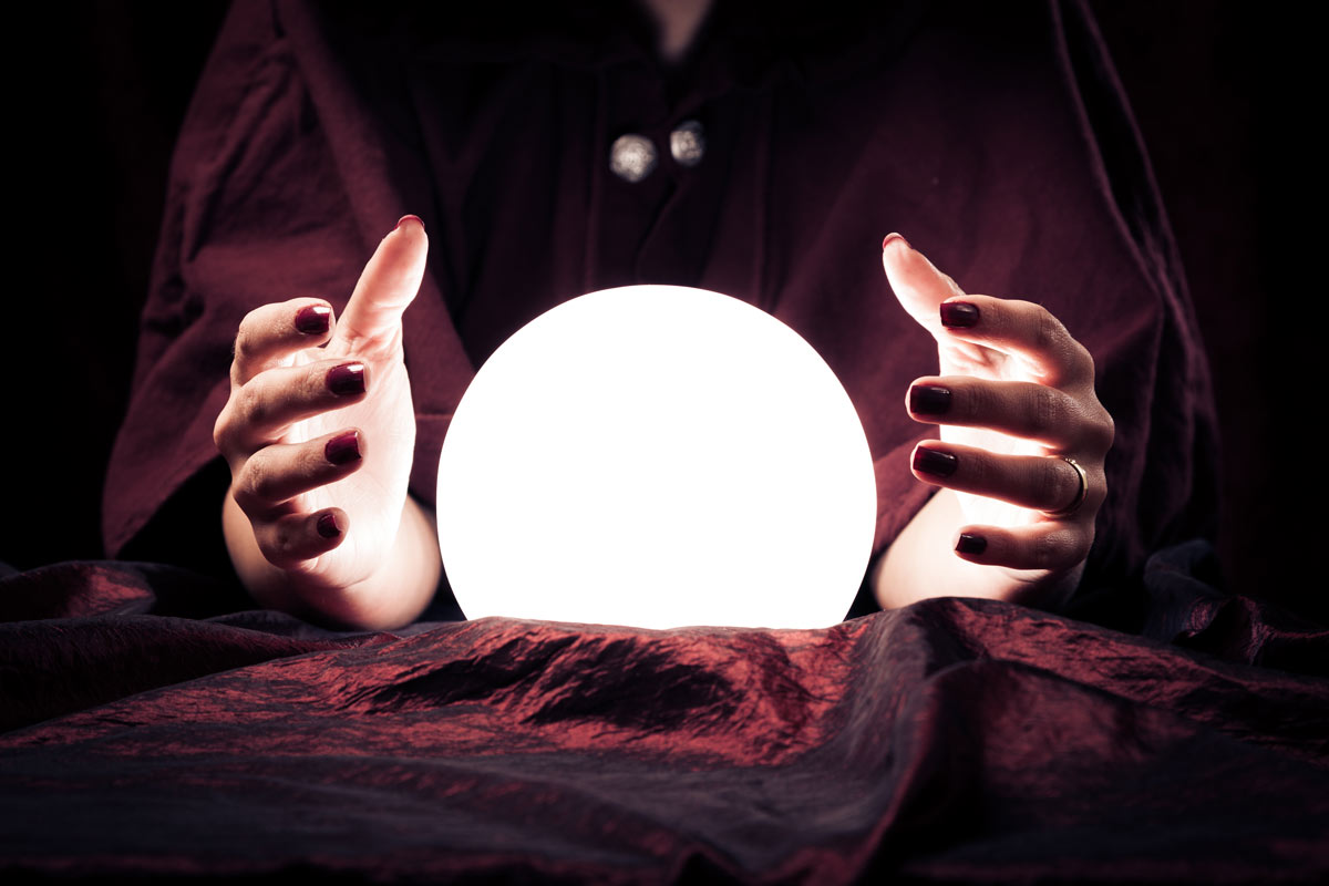 18 Expert Predictions for Every Marketer in 2018 [Infographic]