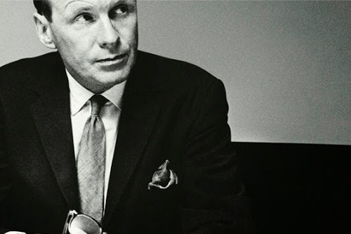 David Ogilvy's 6 Essentials for a Masterful Advertisement