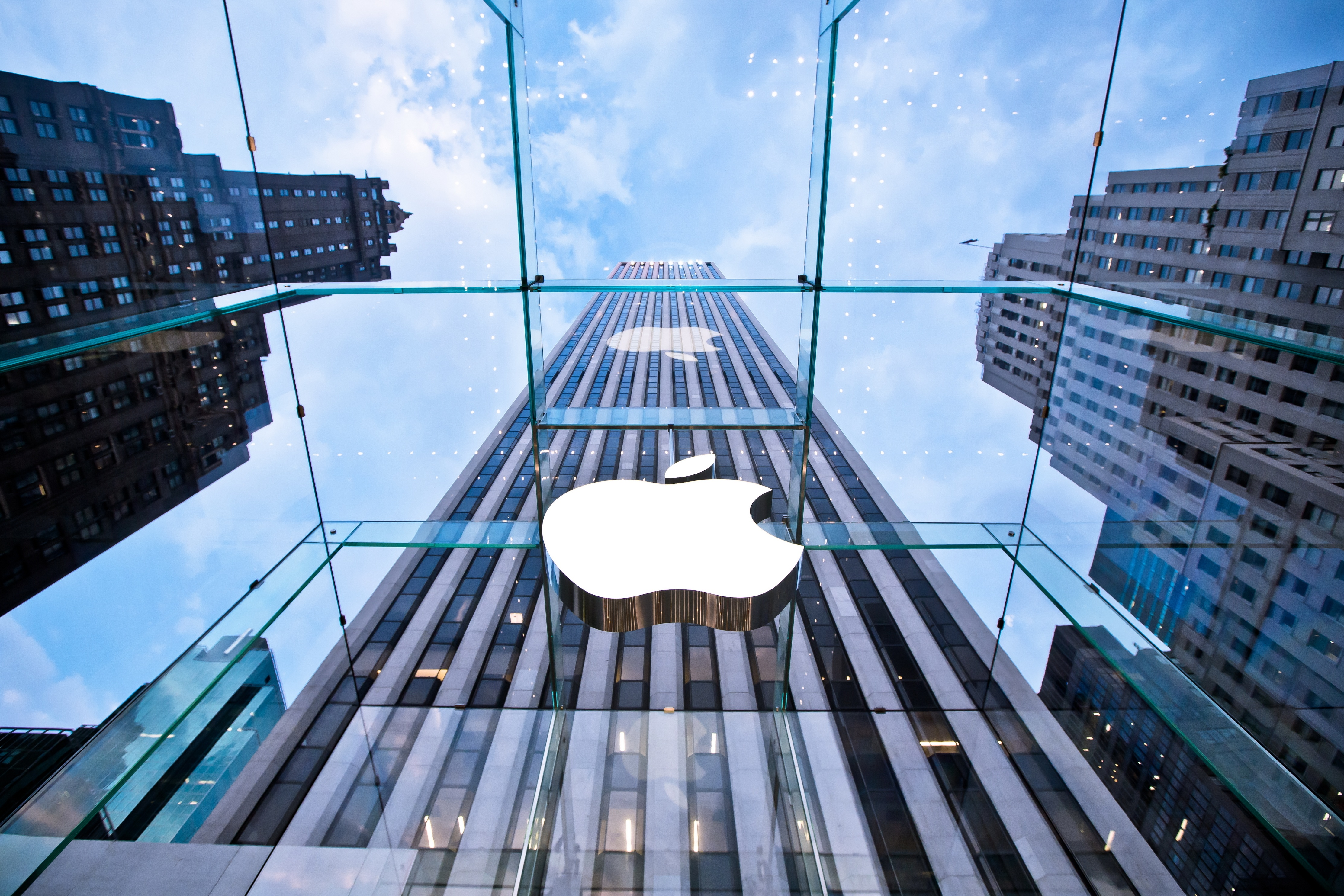 10 Things Your Business Can Learn from Apple's Marketing [Infographic]