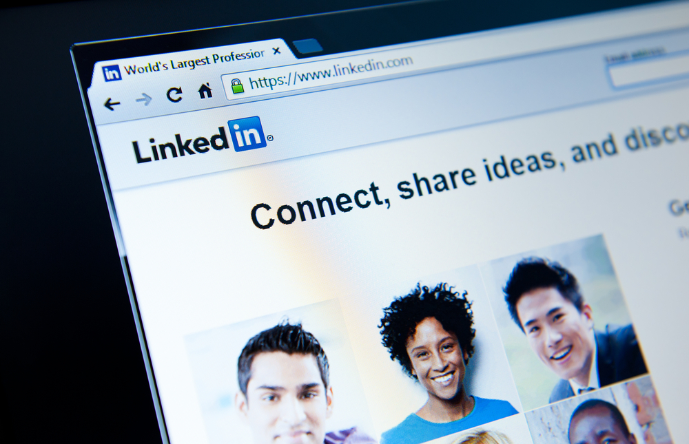 """LinkedIn Enables Advertisers to Target Based on User's Interests with """"Interest Targeting"""""""